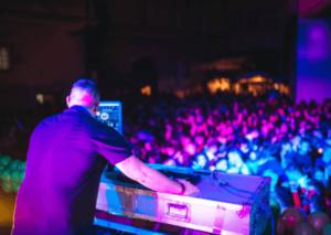 DJ in Dubai with DJ DXB